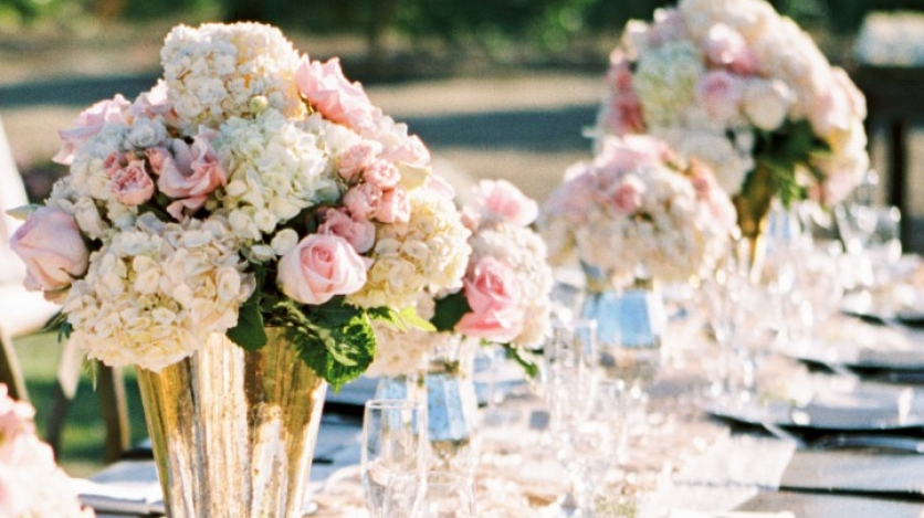 plated events at limoniera ranch flower arrangement